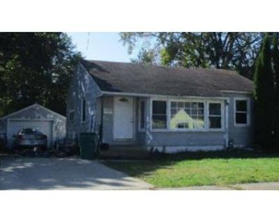 2 Bed 1 Bath Foreclosure Property in Austin, MN 55912 - 13th Ave SE