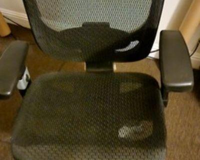 Hyken Technical Mesh Office Chair