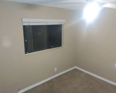 2 rooms available, move in ASAP