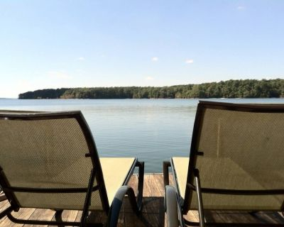 Lake Hartwell Waterfront Big Water area w/ Boat Dock - quiet, peaceful - Anderson County