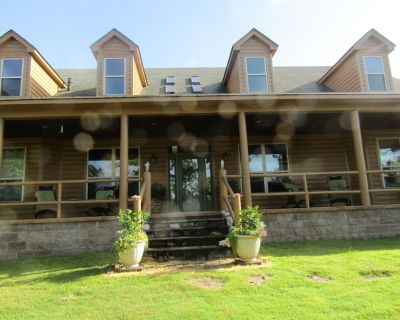 Get a real taste of true Southern hospitality and natural woodland beauty. - Faulkner County