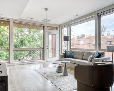 Premium Capitol Hill 2BR w/ W/D, 4 blocks to Cheesman Park, by Blueground - Capitol Hill