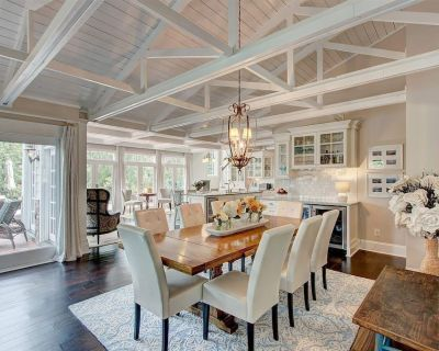 Exquisite home on a lovely lake point - The sweetheart home of Lake Lanier - Flowery Branch