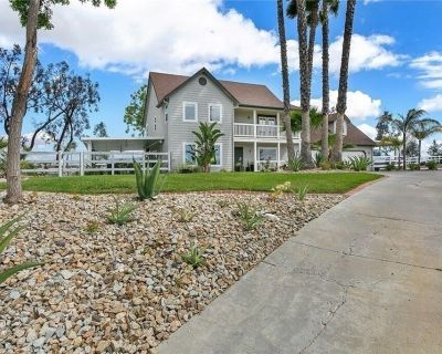 Upscale 5 acre estate in the heart of wine country - Temecula