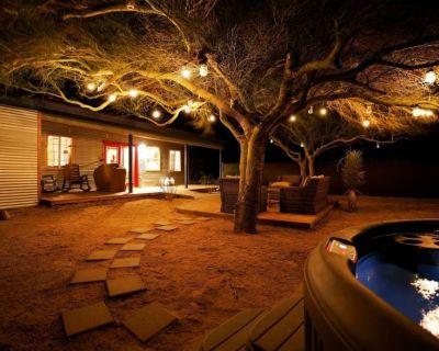 Indian Cove Ranch @ Joshua Tree+HotTub & GameRoom - San Bernardino County