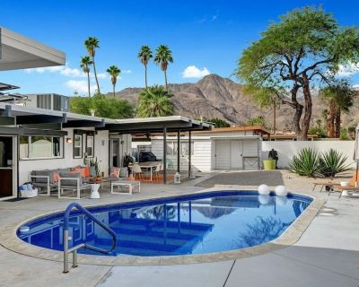 Mid-century Modern Gem With Sweeping Views of Palm Springs! - Cathedral City Cove