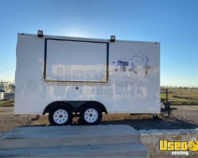 Clean Mobile Kitchen / Ready to Operate Street Food Concession Trailer