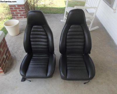 1974 Porsche 911 Black Vinyl Seats