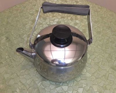 FOR SALE Lagostina Stove Top/Camping Kettle. $5.00.