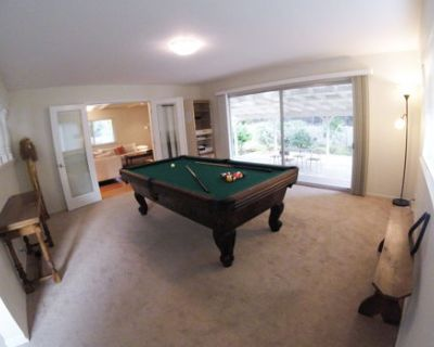Huge Furnished Townhouse with Game Room