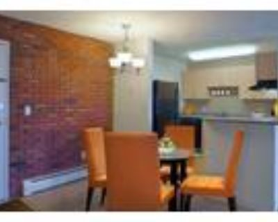 1 Bedroom with private balcony or patio