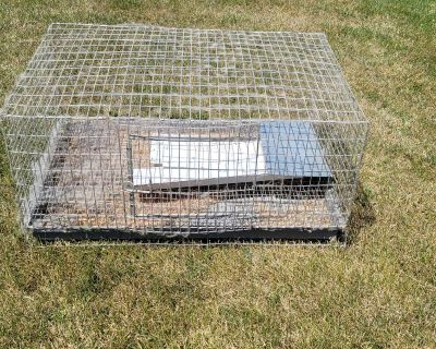 Big high quality rabbit cage bought at show (no Holds PPU Fort gratiot