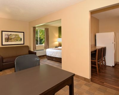 Extended Stay America Suites Newport News I64 Jefferson Ave - Central Newport News