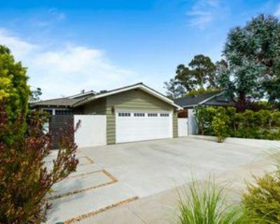 8256 Tuscany Ave, Los Angeles, CA 90293 3 Bedroom Apartment