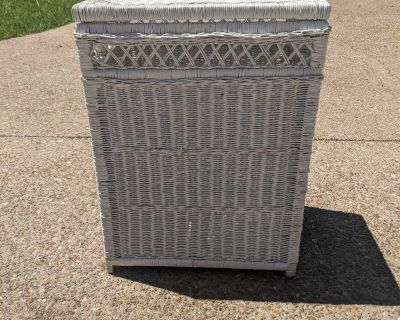 White wicker bed side table with storage, hamper, or trash cover
