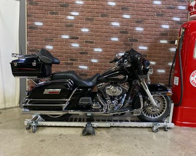 2011 Harley-Davidson Electra Glide Classic Touring Dimondale, MI