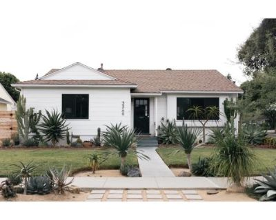 Bright and open California Bungalow with Succulent Gardens, Long Beach, CA