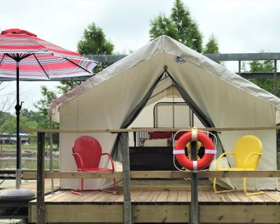 Social Distance in a Floating Glamping Tent at Glamping St. Louis - St. Charles