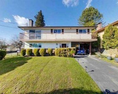 6649 Broadway, Burnaby, BC V5B 2Y6 3 Bedroom House