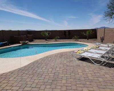 New 4 Br + loft 2000 SQ Dog friendly home with *****Heated Pool********** - Maricopa