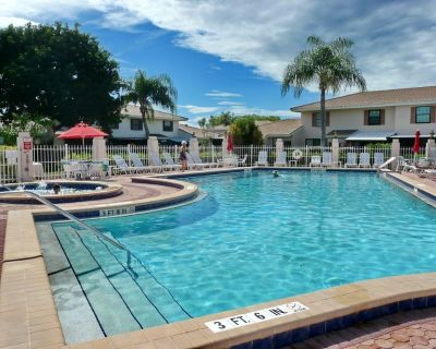 Marco Island Condo, Just purchased and remodeled 3 bed 2 full baths - Marco Island