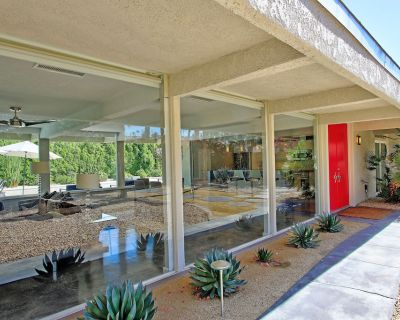 Mid-Century Modern Soul, Mention 10% Off for Oct, Nov, Dec 2021 at Booking - Palm Desert