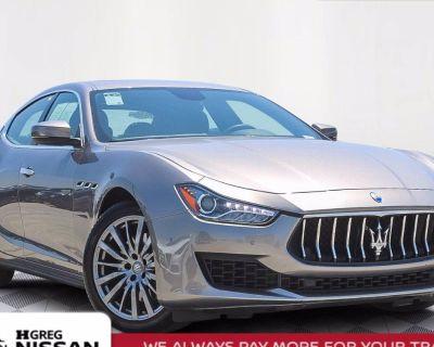 2018 Maserati Ghibli Standard