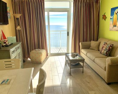 ISLAND TIME Parrot Cabana; Direct Oceanfront Balcony; King NEW TILE throughout - Myrtle Beach