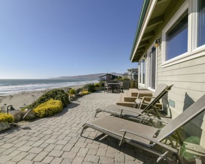 Amazing Luxury Oceanfront Home! On the Sand in Cayucos - Cayucos