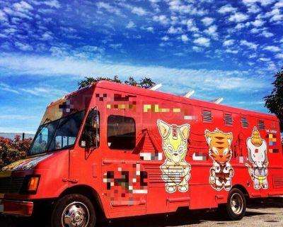 2000 GMC Workhorse 28.5' Step Van Food Truck / Used Mobile Kitchen
