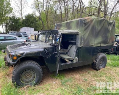 1999 AM General M998 HMMWV 2 Door Soft Top w/Truck Body
