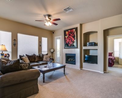 MOUNTAIN VIEWS FROM EVERY WINDOW, Luxury TOWN HOME IN NORTH SCOTTSDALE! - North Scottsdale