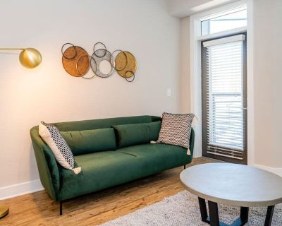 Viagem Welcoming 1BR with Pool & Gym - Plaza Midwood