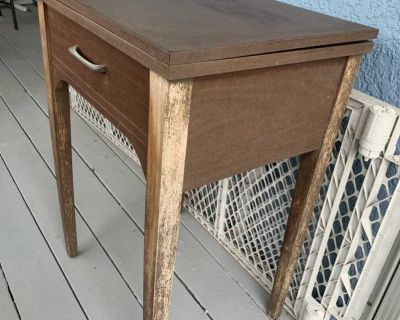 Sewing machine table - FREE!