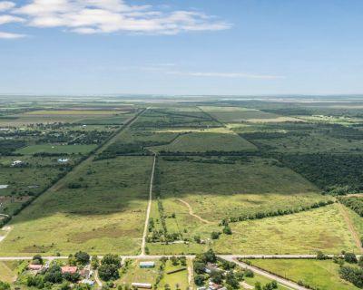 812 Unrestricted Acres in Santa Fe
