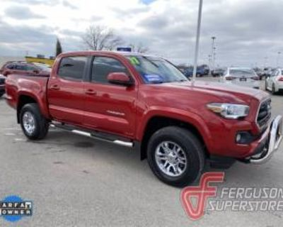 2017 Toyota Tacoma SR5 Double Cab 5' Bed V6 RWD Automatic