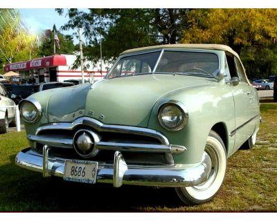 1949 Ford Crestliner