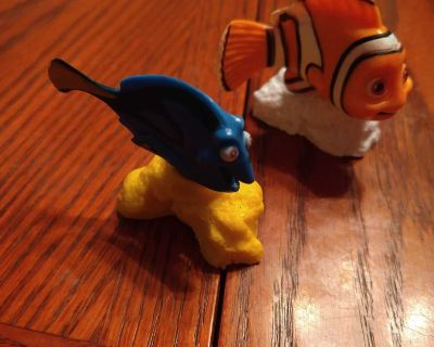 Nemo & Dory Figurines