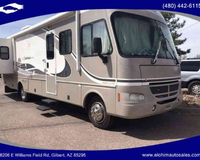 2004 FLEETWOOD SOUTHWIND for sale