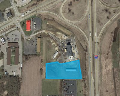 Holiday Inn Express & Suites Outlot - 4.48 Acres