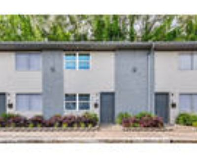 Crystal Townhomes - 3 bed 1.5 bath Upgraded