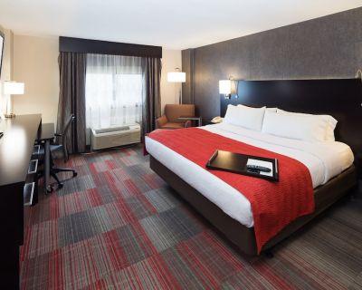 Holiday Inn Milwaukee Riverfront, an IHG Hotel - Glendale
