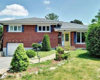 2057 Alton St, Ottawa, ON K1G 1X3 4 Bedroom House