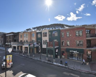 4-Bedroom lux Condo Offering 5-star amenities in the Center of Park City's Main Street, Walk to Ski - Downtown Park City