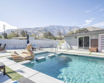 Beautiful mid century with heated salt water pool and jacuzzi - Palm Springs