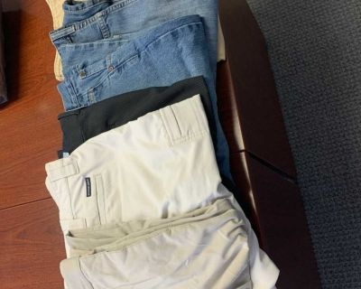7 pairs Men s size 36-38 khakis and jeans