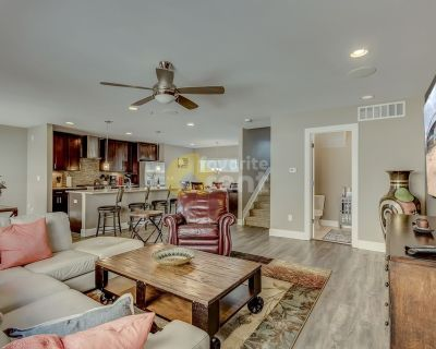 Beautiful 3 bedroom home for rent Denver (Jefferson Park)