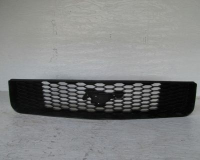 Ford Mustang Grille V6 05-08
