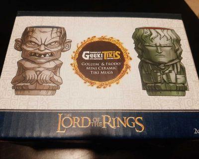 Geeki Tikis Mini Ceramic Tiki Mugs Golum & Frodo