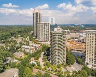 700 Park Regency Pl Ne, Atlanta, GA 30326 3 Bedroom Condo
